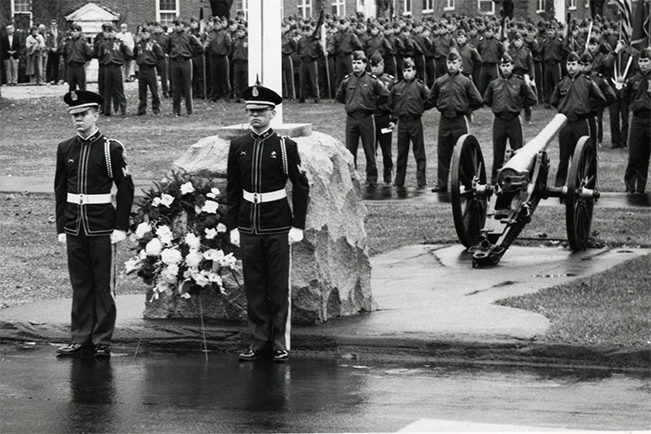 Veterans_Day_ceremony_1983.png