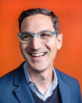 Guy Raz portrait